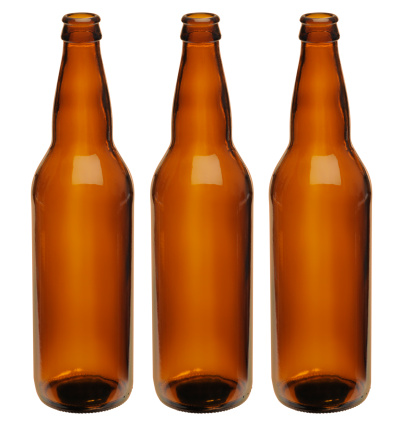 Beer Bottle「Microbrewer; Three Perfect Unlabeled Generic Brown Beer Bottles, Clipping Path」:スマホ壁紙(9)