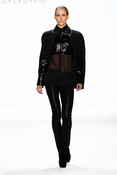 Black Shoe「Balagans, David Andersen, Indra Salcevica Show - Mercedes-Benz Fashion Week Autumn/Winter 2014/15」:写真・画像(18)[壁紙.com]