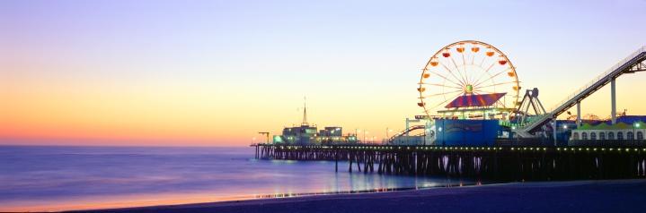 "Wooden Post「""Santa Monica Pier at sunset, California""」:スマホ壁紙(17)"