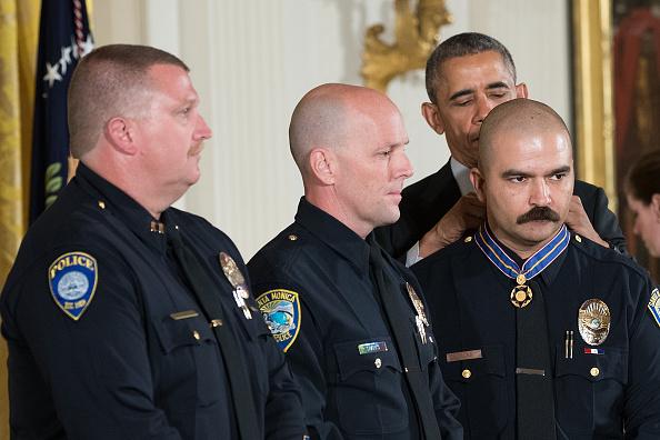 Santa Monica「President Obama Awards Presidential Medals Of Valor At The White House」:写真・画像(11)[壁紙.com]