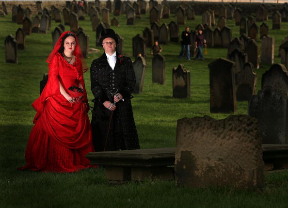 Wedding Vows「Goths Join Forces For The Annual Gothic Weekend」:写真・画像(19)[壁紙.com]