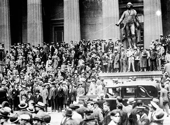 Lower Manhattan「Wall Street Crash」:写真・画像(17)[壁紙.com]