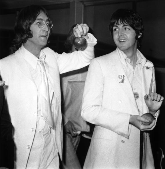 ポール・マッカートニー「John And Paul And Apples」:写真・画像(9)[壁紙.com]