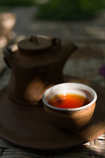 盆「Tea in a teapot」:スマホ壁紙(16)