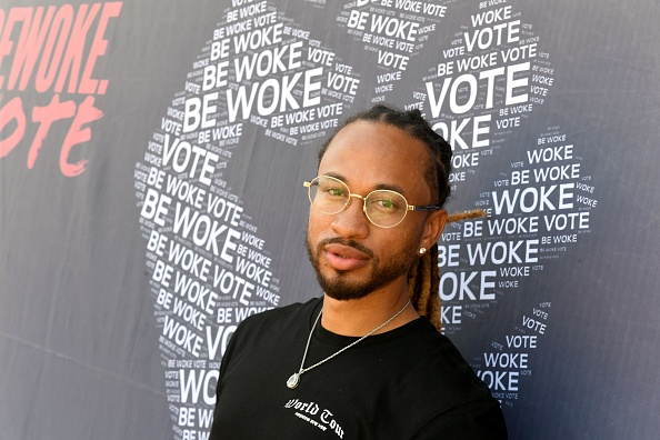 Awe「BE WOKE. VOTE Gen-Z Vote Drive-Up Voter Registration Event」:写真・画像(1)[壁紙.com]