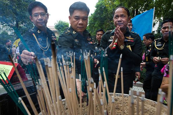 Taylor Weidman「Public Gather To Show Support As Thai King Recovers From Gallbladder Surgery」:写真・画像(1)[壁紙.com]