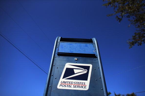 Mailbox「U.S. Postal Service Reports Yearly Loss Of 15.9 Billion Dollars」:写真・画像(16)[壁紙.com]