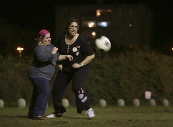Women's Soccer「Israeli Women Form Soccer Club to Lose Weight」:写真・画像(13)[壁紙.com]