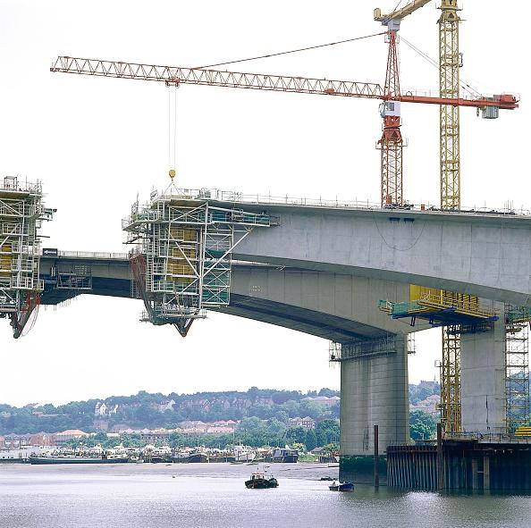 2002「Medway Bridge. Channel Tunnel Rail Link. Kent, United Kingdom. 2001.」:写真・画像(10)[壁紙.com]