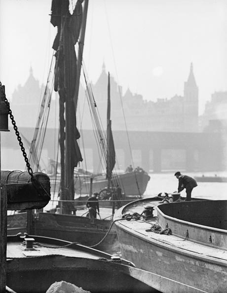 Chaloner Woods「Thames Barges」:写真・画像(16)[壁紙.com]
