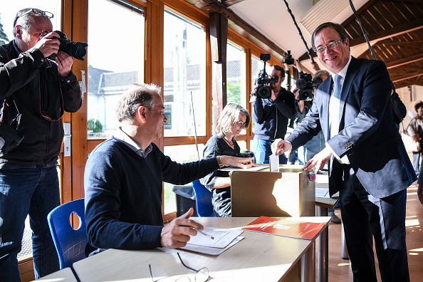Medium Group Of People「North Rhine-Westphalia Holds State Elections」:写真・画像(10)[壁紙.com]