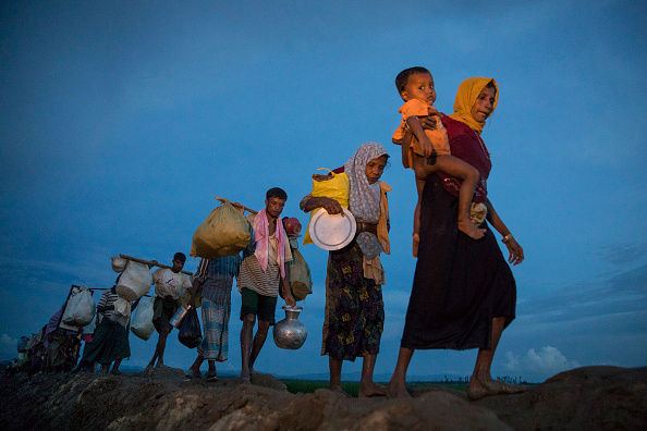 Paula Bronstein「Rohingya Refugees Flood Into Bangladesh」:写真・画像(11)[壁紙.com]