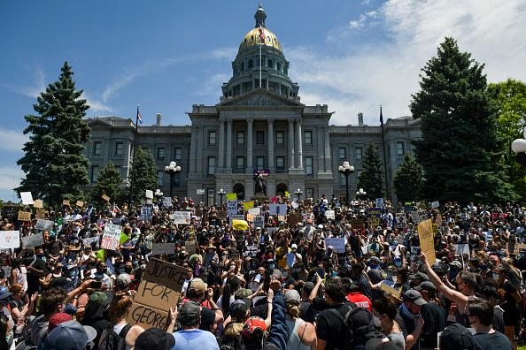 Denver「Protests Continue At Capitol In Denver In Aftermath To Death Of George Floyd」:写真・画像(9)[壁紙.com]
