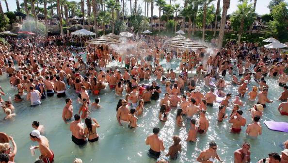 プール「Rehab Sundays At The Hard Rock Hotel & Casino」:写真・画像(8)[壁紙.com]