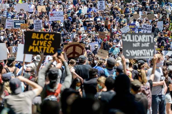 Protest「Protests Continue At Capitol In Denver In Aftermath To Death Of George Floyd」:写真・画像(0)[壁紙.com]