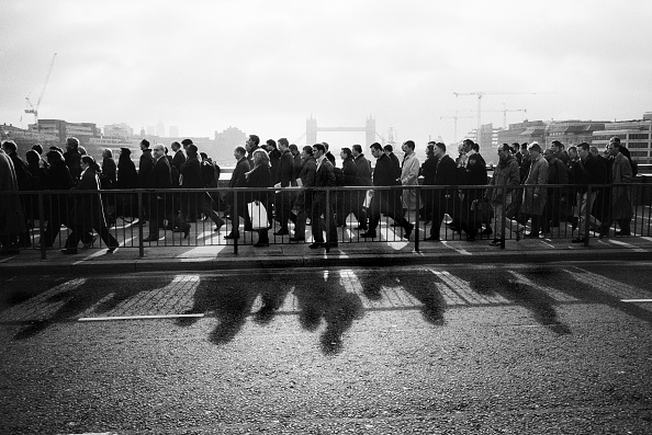 Shadow「Commuters in London, May 2001」:写真・画像(17)[壁紙.com]