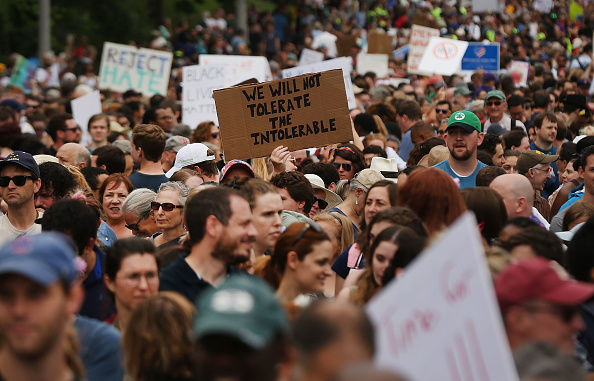 Furious「Solidarity With Charlottesville Rallies Are Held Across The Country, In Wake Of Death After Alt Right Rally Last Week」:写真・画像(6)[壁紙.com]