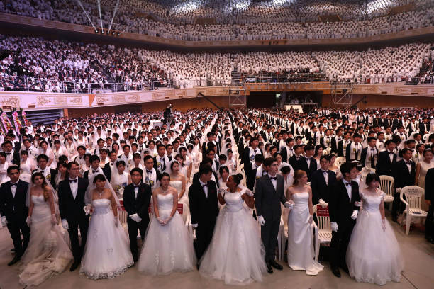 Unification Church Holds Mass Wedding In South Korea:ニュース(壁紙.com)