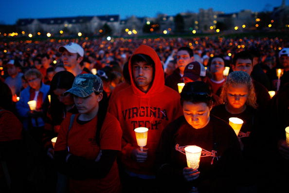 Victim「Virginia Tech Community Mourns Day After Deadliest U.S. Shooting」:写真・画像(13)[壁紙.com]