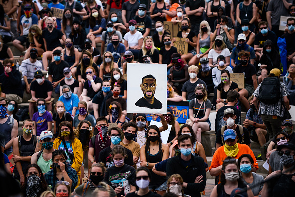 Protest「Black Lives Matter Protests Held In Cities Nationwide」:写真・画像(5)[壁紙.com]