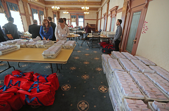 Utah「Voters Across The Country Head To The Polls For The Midterm Elections」:写真・画像(16)[壁紙.com]