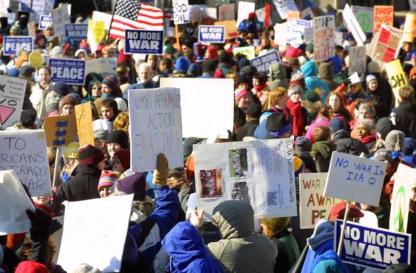 Opportunity「Demonstrators Protest War With Iraq In Michigan」:写真・画像(10)[壁紙.com]