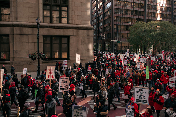 Continuity「Chicago Teachers Hold Major Rally In Downtown Chicago As Strike Continues」:写真・画像(12)[壁紙.com]