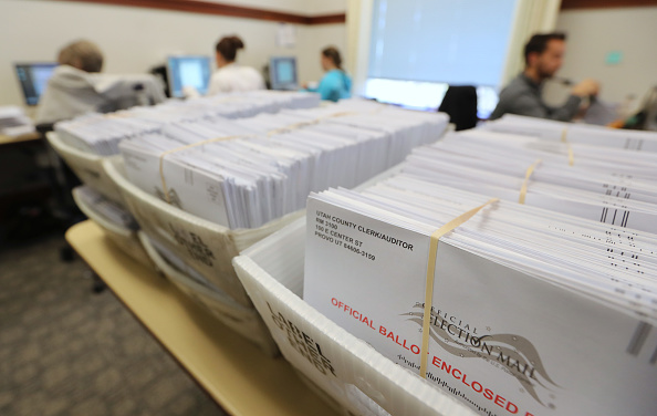 Utah「Voters Across The Country Head To The Polls For The Midterm Elections」:写真・画像(4)[壁紙.com]