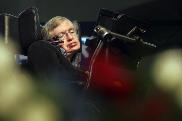コスモス「Stephen Hawking Gives Origin Of The Universe Lecture In Jerusalem」:写真・画像(0)[壁紙.com]