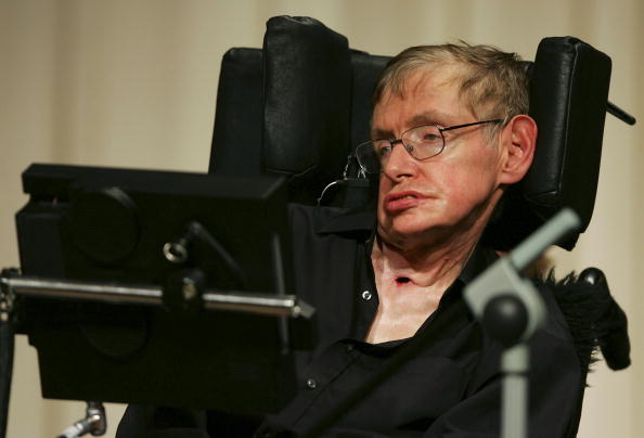Persons with Disabilities「British Scientist Stephen Hawking Visits China」:写真・画像(6)[壁紙.com]