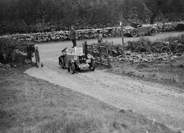 Country Road「MG M type of JA Berry competing in the MCC Sporting Trial, 1930」:写真・画像(4)[壁紙.com]
