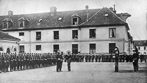 Moving Past「Dreyfus Reinstated」:写真・画像(3)[壁紙.com]