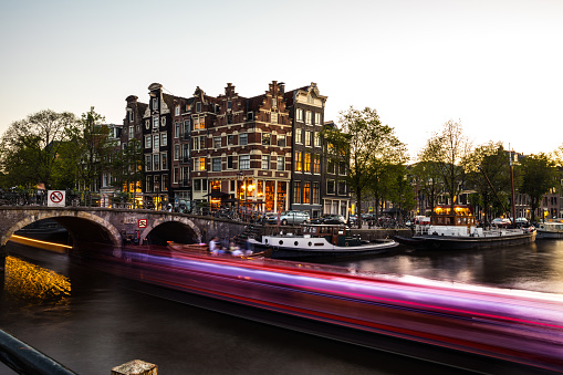 Amsterdam「Typical bridge on the canals in the central Amsterdam」:スマホ壁紙(17)