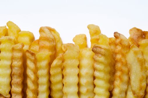 Scalloped - Pattern「Crinkle Cut Oven Chips or French Fries White Background」:スマホ壁紙(10)