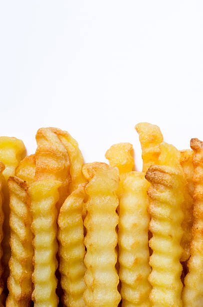 Crinkle Cut Oven Chips or French Fries White Background:スマホ壁紙(壁紙.com)