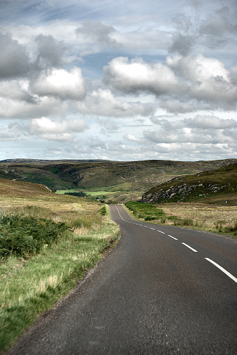 スコットランド文化「Road では、スコットランド高地」:スマホ壁紙(8)