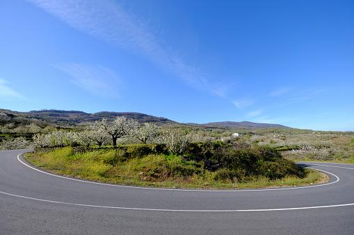 Motor Racing Track「Road in the countryside of Spain」:スマホ壁紙(5)