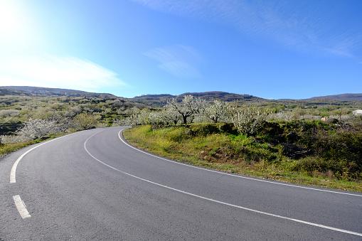 Motor Racing Track「Road in the countryside of Spain」:スマホ壁紙(3)