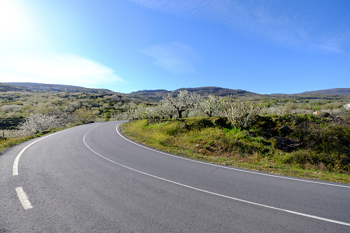 Motor Racing Track「Road in the countryside of Spain」:スマホ壁紙(6)