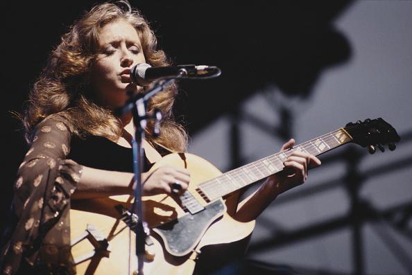 カラー画像「Bonnie Raitt Live」:写真・画像(15)[壁紙.com]