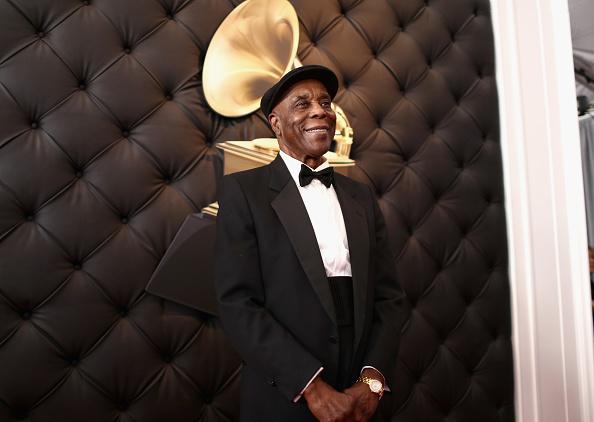 ギタリスト「61st Annual GRAMMY Awards - Red Carpet」:写真・画像(3)[壁紙.com]