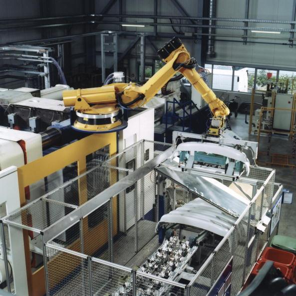 Chain - Object「KUKA Robotics Joins the Society of the Plastics Industry, Inc.」:写真・画像(0)[壁紙.com]