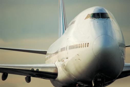 飛行機「Jet」:スマホ壁紙(19)