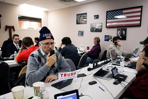 Volunteer「Eric Trump Joins Volunteers At Trump NH HQ To Get Out The Vote On Primary Day」:写真・画像(3)[壁紙.com]