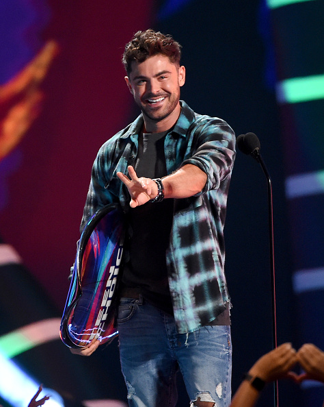 Fox Photos「FOX's Teen Choice Awards 2018 - Show」:写真・画像(2)[壁紙.com]