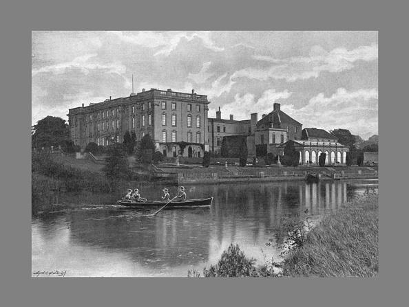 Rowboat「Stoneleigh Abbey, C1900」:写真・画像(4)[壁紙.com]