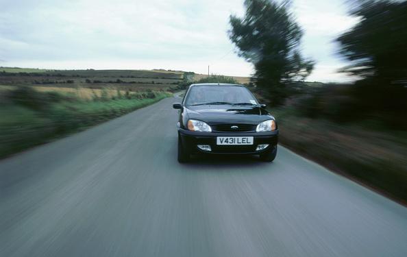 Hatchback「1999 Ford Fiesta Zetec」:写真・画像(2)[壁紙.com]
