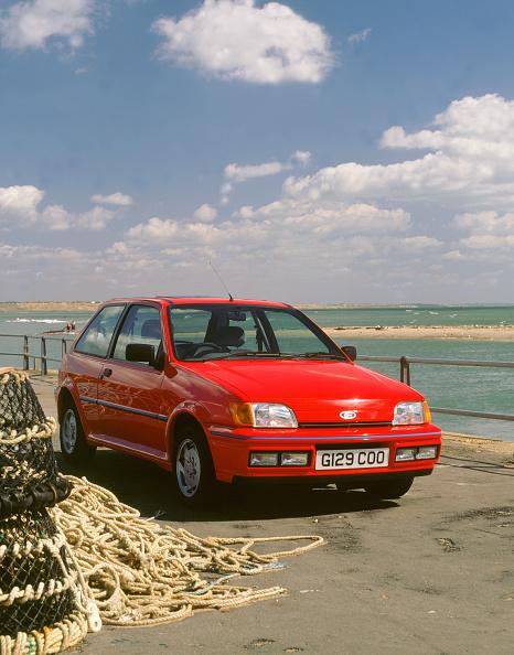 Sunny「1990 Ford Fiesta XR2i」:写真・画像(15)[壁紙.com]