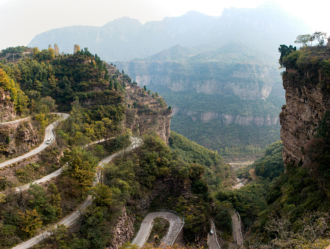 Hairpin Curve「Henan linzhou city grand canyon switchbacks」:スマホ壁紙(9)