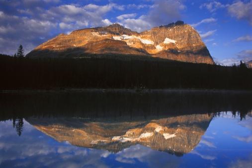 Yoho National Park「A beautiful mountain and lake」:スマホ壁紙(15)